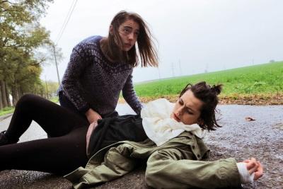 Das Leben von Justine und Alexia verändert sich drastisch (© Universal Pictures Germany)