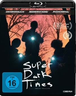 """Das Blu-ray-Cover von """"Super Dark Times"""" (© Indeed Film)"""