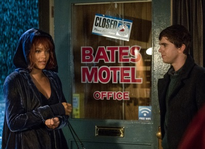 Marion Crane ist am Bates Motel angekommen (© Cate Cameron, A&E, Universal Television)