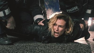 Ein Moment zerstört Katjas Leben (©2016 Warner Bros. Ent.)