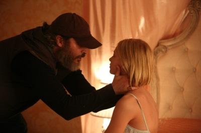 Joe möchte Nina retten (© Constantin Film)