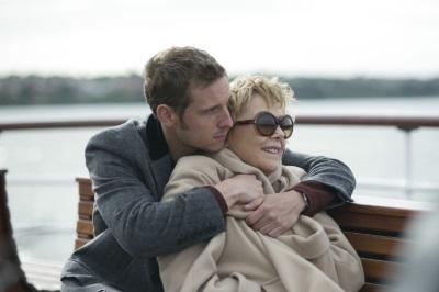 Peter und Gloria genießen die gemeinsame Zeit (© Sony Pictures)
