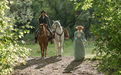 Catherine und SItting Bull verstehen sich (© 2018 Tobis Film)