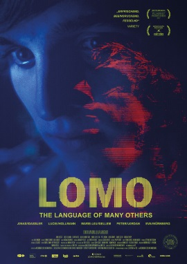 "Das Hauptplakat von ""Lomo – The Language Of Many Others"" (© Farbfilm Verleih)"