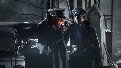 Kurt Sage will den Saboteur mit aller Macht aufhalten (© Constantin Film)