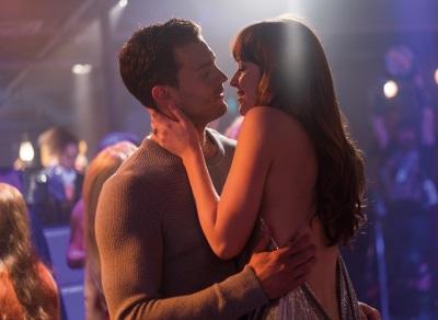 Christian und Ana genießen den gemeinsamen Urlaub (© 2018 Universal Pictures Home Entertainment)