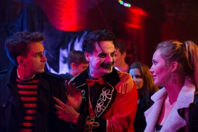 Mia und Marco treffen in der Halloween-Nacht zahlreiche schräge Gestalten (© Lost Tape)