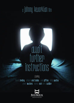 "Das internationale Plakat von ""Await Further Instructions"" (© GSP Studios)"