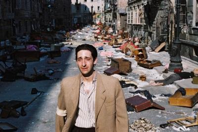 Das Elend im Warschauer Ghetto nimmt unvorstellbare Züge an (© StudioCanal)