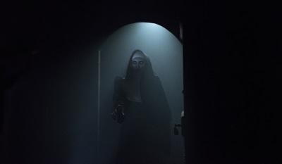Dieser Nonne sollte man nicht vertrauen (© Warner Bros)