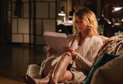 Jennifer setzt sich mit ihrer Vergangenheit auseinander (© Mongrel International/HBO)
