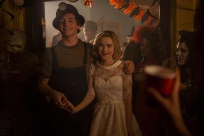 Sabrina und Harvey sind glücklich zusammen(© Netflix)