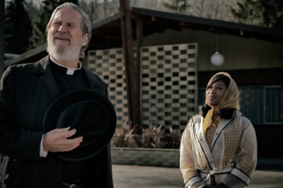 Der Priester und die Sängerin (© 2018 Twentieth Century Fox)