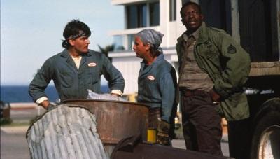 Das Müllmann-Trio hat einen grausigen Fund gemacht (© Justbridge Entertainment)
