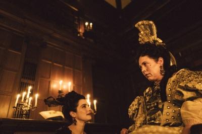 Sarah bezirzt die Königin (© 20th Century Fox)