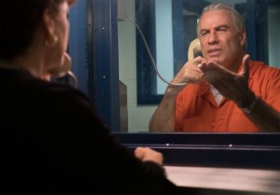 Auch im höheren Alter muss Gotti Gefängnisse von innen ertragen (© KSM Film)