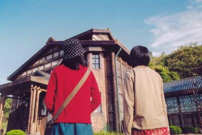 Was erwartet die Mädchen im Haus ihres Vaters? (© Capelight Pictures)