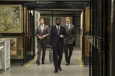 Können die Agenten eine wörtlich neue Zeitrechnung verhindern? (© 2020 Warner Bros. Entertainment Inc. All Rights Reserved.)