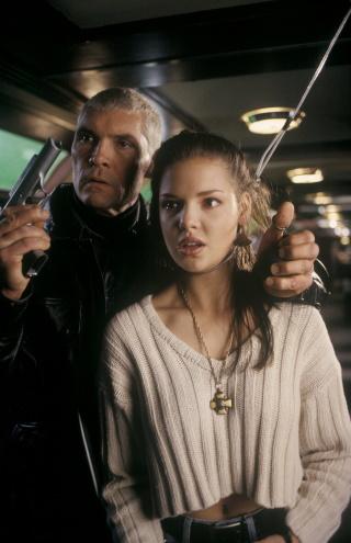 Sarah hat ein wenig Ärger (© 1995 Warner Bros)