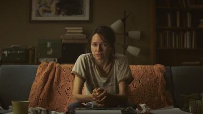 June ist in ihrem Leben gefangen (© Koch Films)