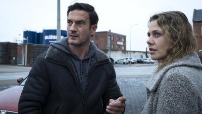 Ex-Freund Tim möchte Laura in der schwren Situation helfen (© Sat.1/Claudius Pflug)